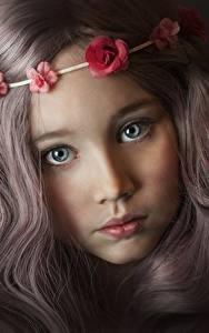 Fotos Blick Süß Hübscher Dunkelbraun Haar Gesicht Kleine Mädchen Kinder