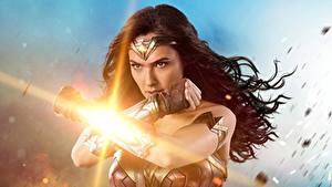 Hintergrundbilder Wonder Woman Held Wonder Woman (2017) Gal Gadot Hand Film Mädchens Prominente