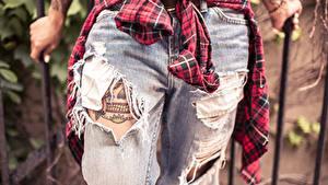 Fotos Großansicht Jeans Tätowierung Bein
