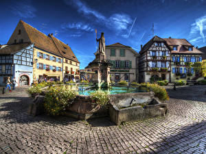 Fotos Frankreich Gebäude Springbrunnen Denkmal HDRI Platz Eguisheim Alsac Städte