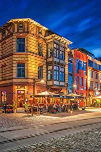 Fotos Deutschland Haus Abend Wege Straße Straßenlaterne HDR Stralsund