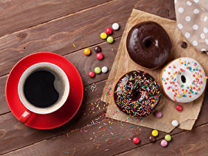 Fotos Backware Donut Kaffee Schokolade Zuckerguss Bretter Tasse