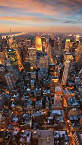 Fotos USA Abend Haus Wolkenkratzer Manhattan New York City Megalopolis Von oben