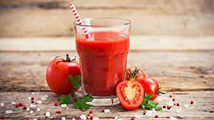 Bilder Saft Tomate Bretter Trinkglas Salz Lebensmittel