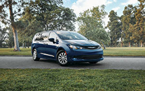 Pictures Chrysler Blue 2020 Voyager Cars