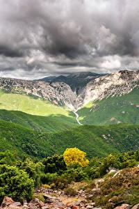 Fotos Italien Gebirge Himmel Landschaftsfotografie Strauch Wolke Canyon Gorropu