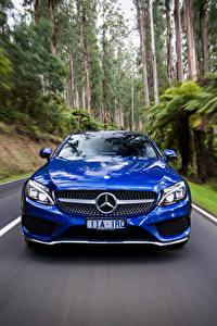 Hintergrundbilder Mercedes-Benz Coupe Vorne Bewegung Blau AMG C-Class C205