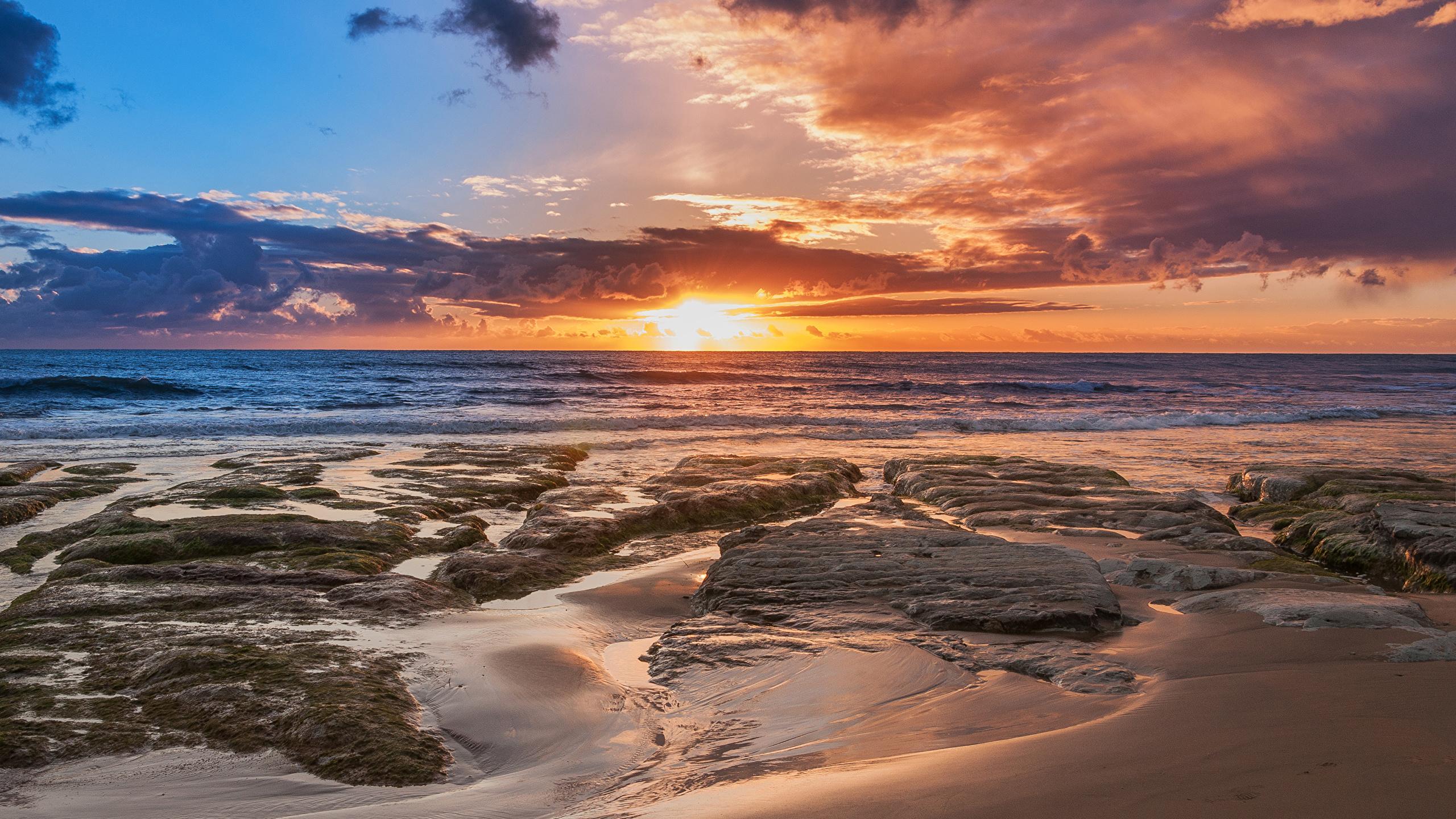 Fotos Autonome Region Sizilien Italien Natur Himmel Sonnenaufgänge und Sonnenuntergänge Küste Wolke 2560x1440 Morgendämmerung und Sonnenuntergang