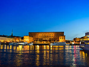 Fotos Stockholm Schweden Haus Seebrücke Binnenschiff Palast Bucht Nacht Royal Palace
