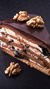Bilder Süßigkeiten Törtchen Schokolade Schalenobst Torte Stücke