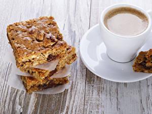 Hintergrundbilder Kaffee Backware Obstkuchen Tasse Bretter Stück Untertasse