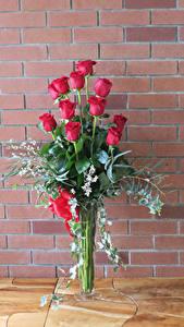 Bilder Sträuße Rosen Mauer Rot Blumen