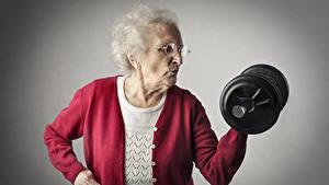 Fotos Fitness Ältere frauen Hantel sportliches