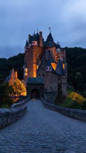 Fotos Deutschland Burg Straße Abend Wälder Burg Eltz Städte