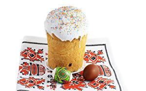 Hintergrundbilder Feiertage Ostern Kulitsch Zuckerguss Weißer hintergrund Ei