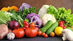 Fotos Gemüse Gurke Tomaten Knoblauch Zwiebel Lebensmittel