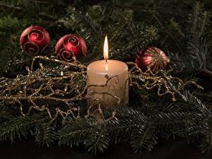 Hintergrundbilder Neujahr Kerzen Feuer Großansicht Kugeln Ast