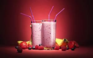 Fotos Cocktail Erdbeeren Himbeeren Trinkglas Lebensmittel