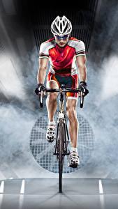 Bilder Mann Fahrräder Vorne Helm Sport