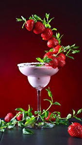 Fotos Cocktail Erdbeeren Weinglas Design Lebensmittel