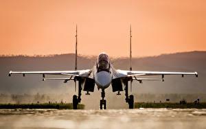 Hintergrundbilder Flugzeuge Jagdflugzeug Soukhoï Su-30 Russische Vorne SM Luftfahrt