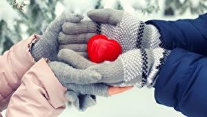 Bilder Hand Herz Handschuh