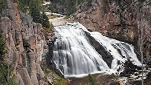 Bilder Flusse Wasserfall Park Vereinigte Staaten Felsen Yellowstone Gibbon Falls, Gibbon River Natur