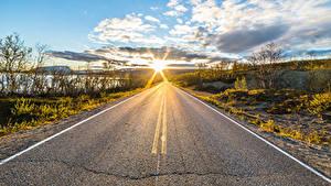 Bilder Himmel Straße Morgen Lappland Landschaft Finnland Wolke Sonne Asphalt