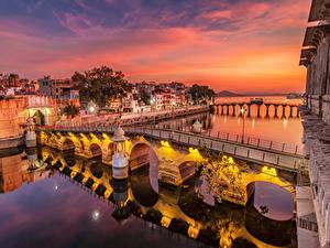 Fotos Indien Haus Flusse Brücken Abend Straßenlaterne Udaipur