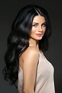 Fotos Model Haar Brünette Schöne Schminke Starren Frisuren