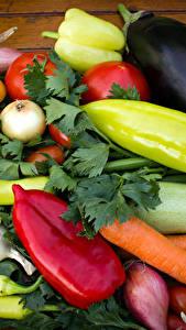 Fotos Gemüse Paprika Zwiebel Tomaten Mohrrübe