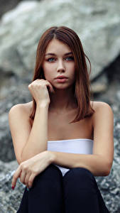 Hintergrundbilder Sitzt Süßer Starren Unscharfer Hintergrund Lada, Evgeniy Bulatov junge frau