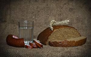 Fotos Wodka Wurst Brot Trinkglas Ähre Geschnitten Lebensmittel