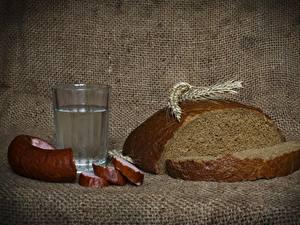 Fotos Wodka Wurst Brot Trinkglas Ähren Geschnitten Lebensmittel