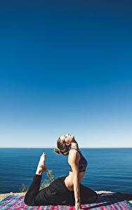 Hintergrundbilder Küste Fitness Himmel Meer Joga