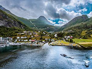 Hintergrundbilder Norwegen Gebirge Gebäude Bucht Geiranger