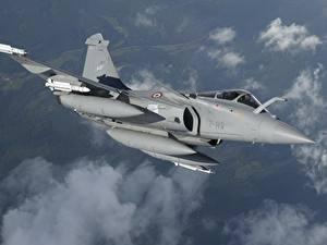 Fotos Flugzeuge Jagdflugzeug Flug Französischer Dassault Rafale Rafale D MBDA MICA Luftfahrt