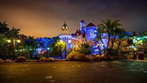 Hintergrundbilder USA Disneyland Park Haus Kalifornien Anaheim HDR Design Nacht Straßenlaterne Zaun Städte