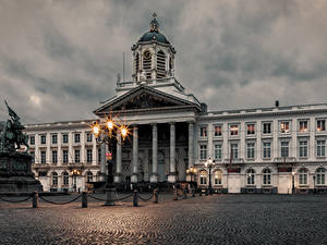 Fotos Belgien Gebäude Abend Denkmal Platz Straßenlaterne Brussels