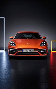 Hintergrundbilder Porsche Orange Metallisch Vorne Panamera Turbo S (971), 2020 automobil