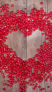 Papéis de parede Dia dos Namorados Bala (doce) Muitas Tábuas de madeira Coração Vermelho Alimentos