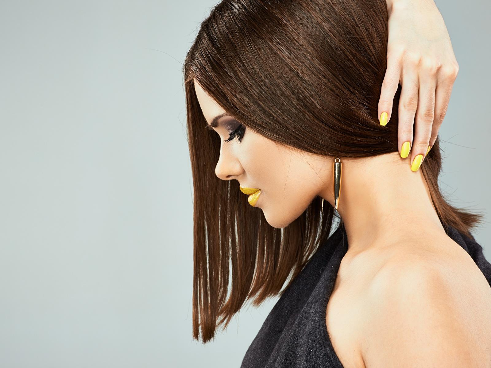 Foto Model Maniküre Make Up Frisur Haar junge frau Finger Seitlich 1600x1200 Schminke Frisuren Mädchens junge Frauen