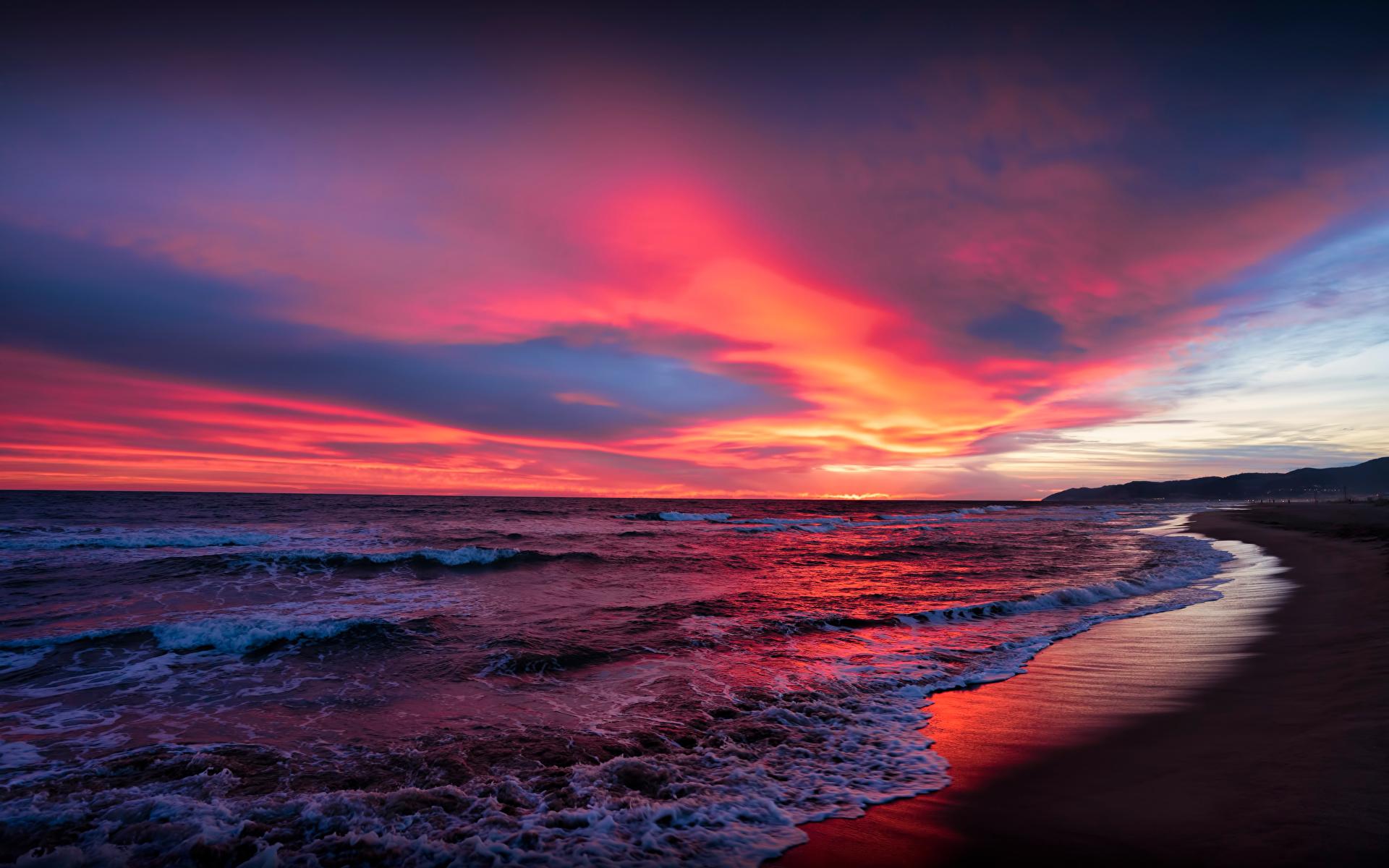 Bilder Spanien Catalonia Meer Natur Himmel Sonnenaufgänge und Sonnenuntergänge Küste Wolke 1920x1200 Morgendämmerung und Sonnenuntergang