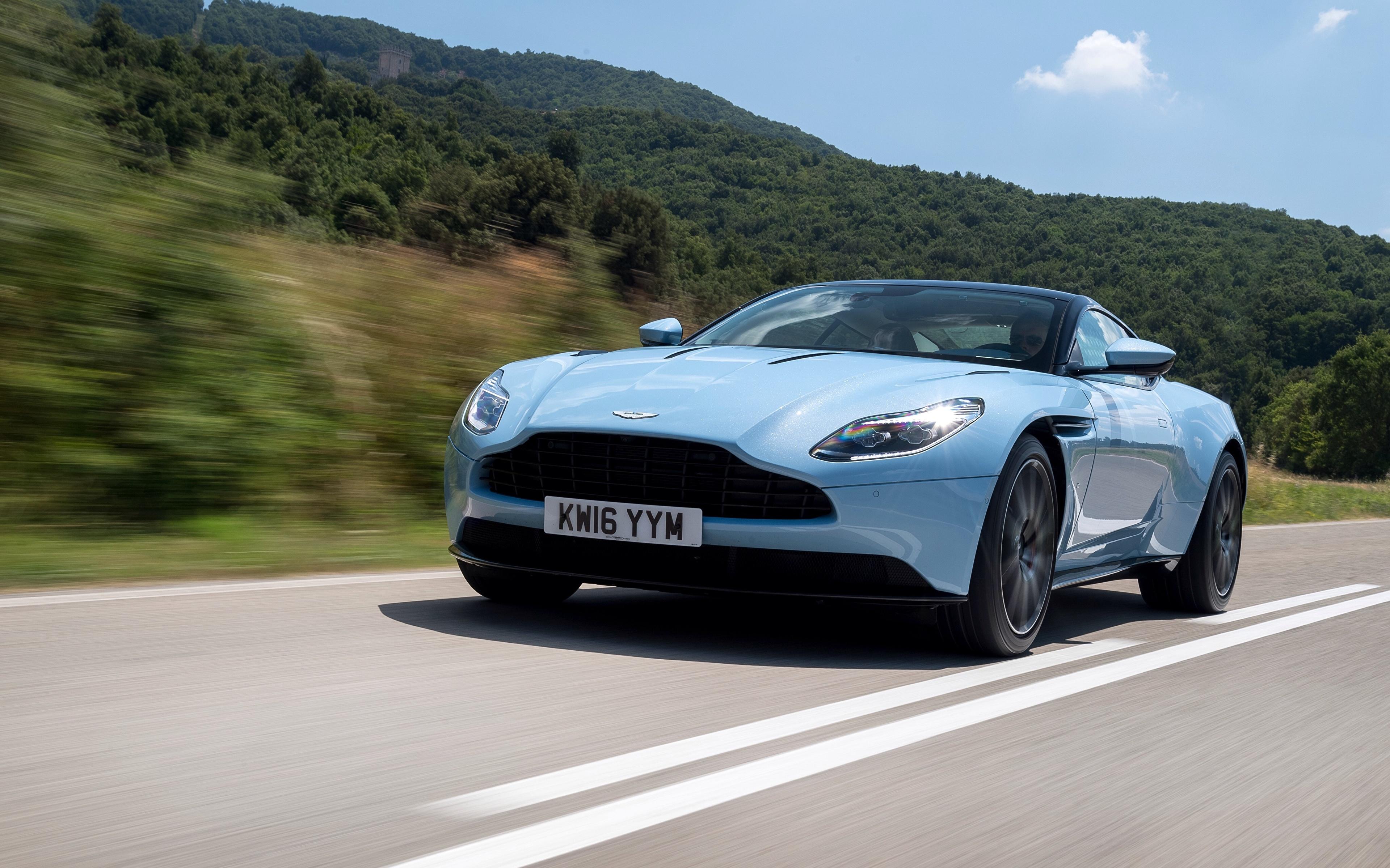 Bilder Aston Martin Hellblau Autos 3840x2400 auto automobil