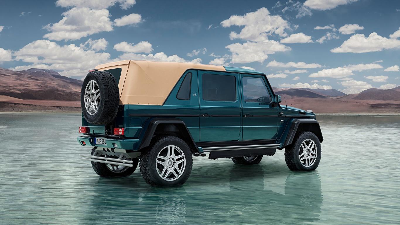 Bilder von Mercedes-Benz G-Klasse SUV Maybach G 650, Landaulet, 2017 auto Wasser Seitlich 1366x768 G-Modell Sport Utility Vehicle Autos automobil