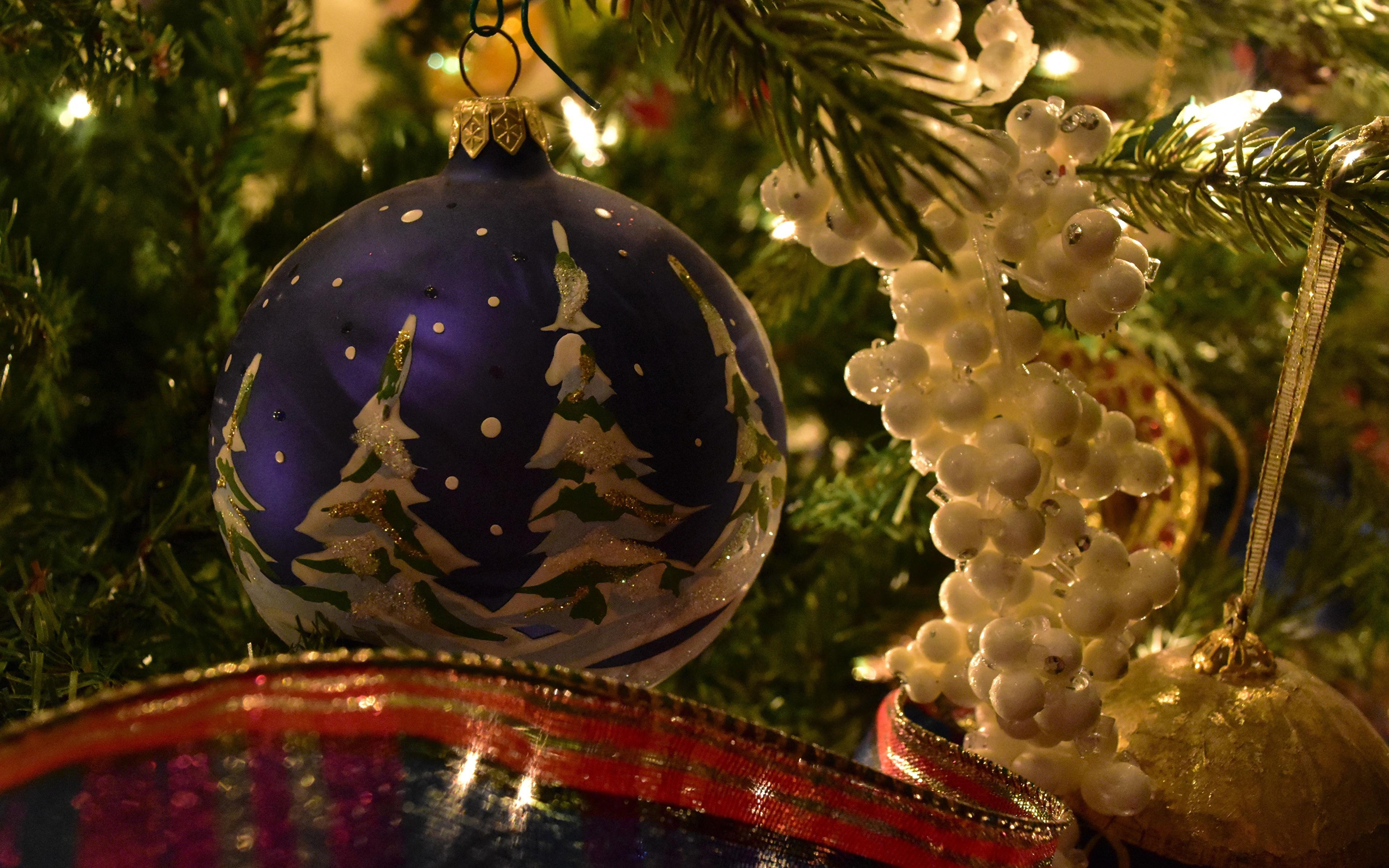 Image Christmas Christmas tree Balls 3840x2400 New year New Year tree