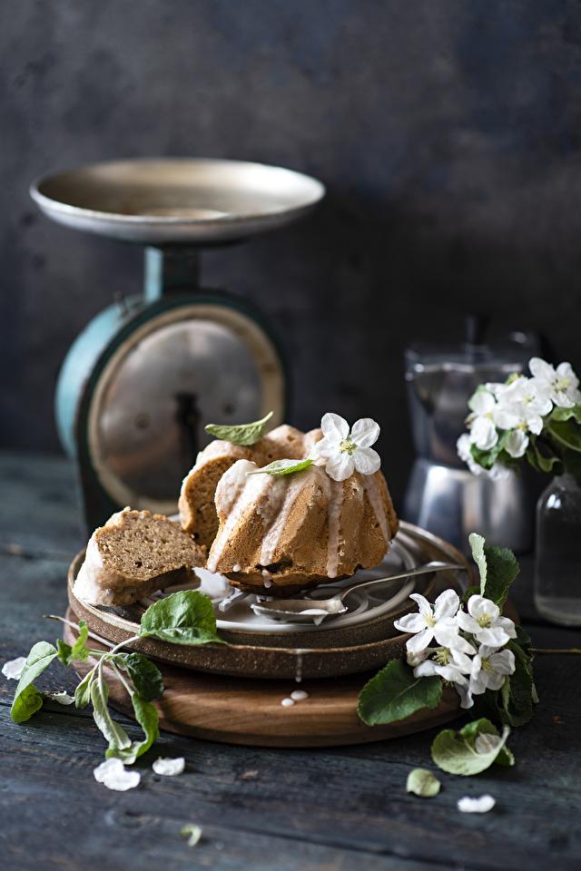 Bilder von Keks Zuckerguss Lebensmittel Stillleben 640x960 für Handy das Essen