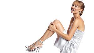 Hintergrundbilder Deanna Russo Starren Lächeln Bein Stöckelschuh Ohrring Kleid Braunhaarige Prominente Mädchens
