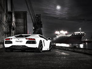 Fotos Lamborghini Weiß Hinten Asphalt Nacht Luxus 2012 Aventador LP700-4
