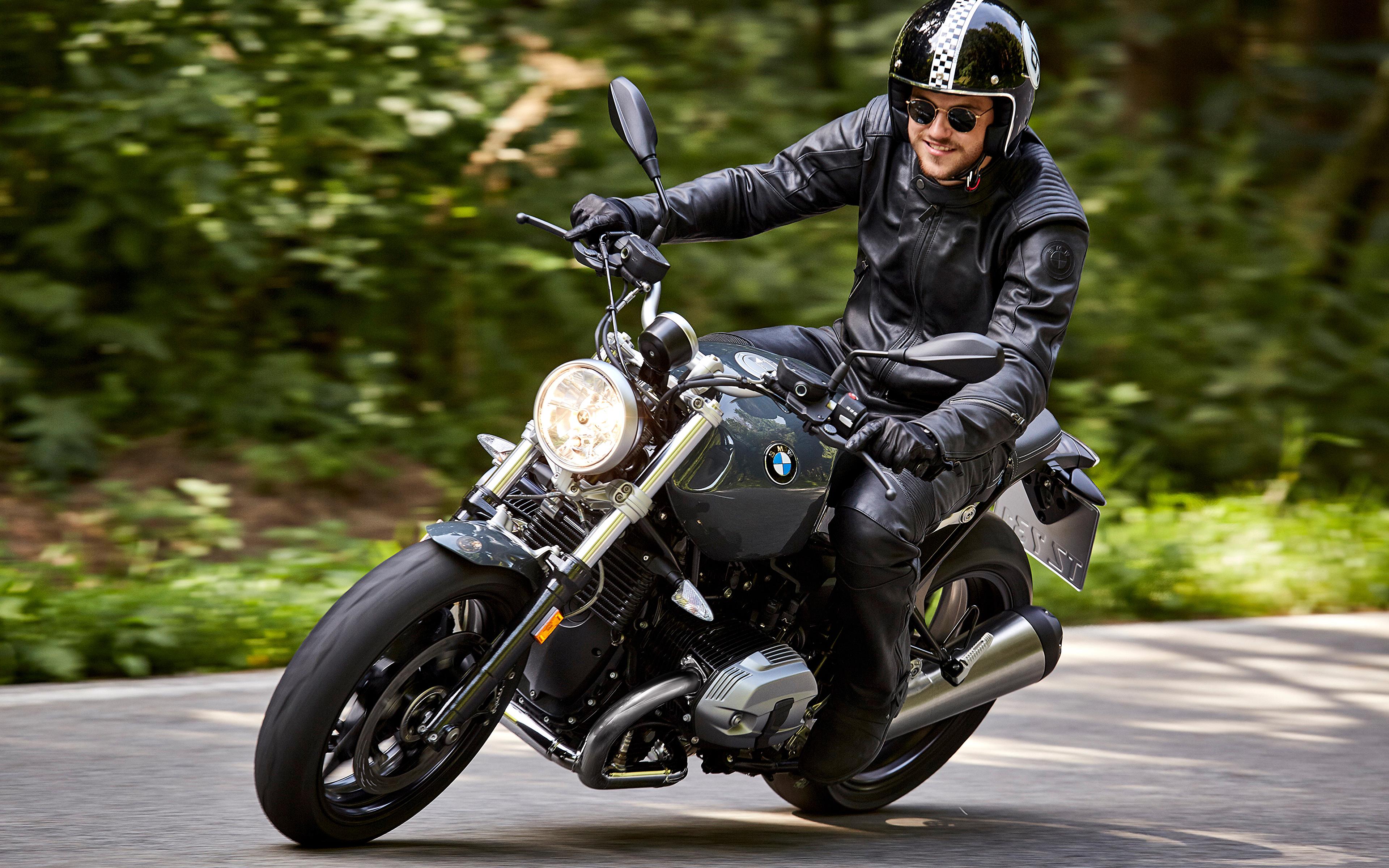 Bilder von BMW Helm 2016 R nineT Pure Motorrad Bewegung ...